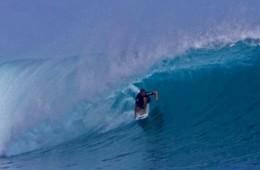 Surfing Scar Reef, Sumbawa