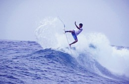 Getting some air at Lacerations, Nusa Lembongan